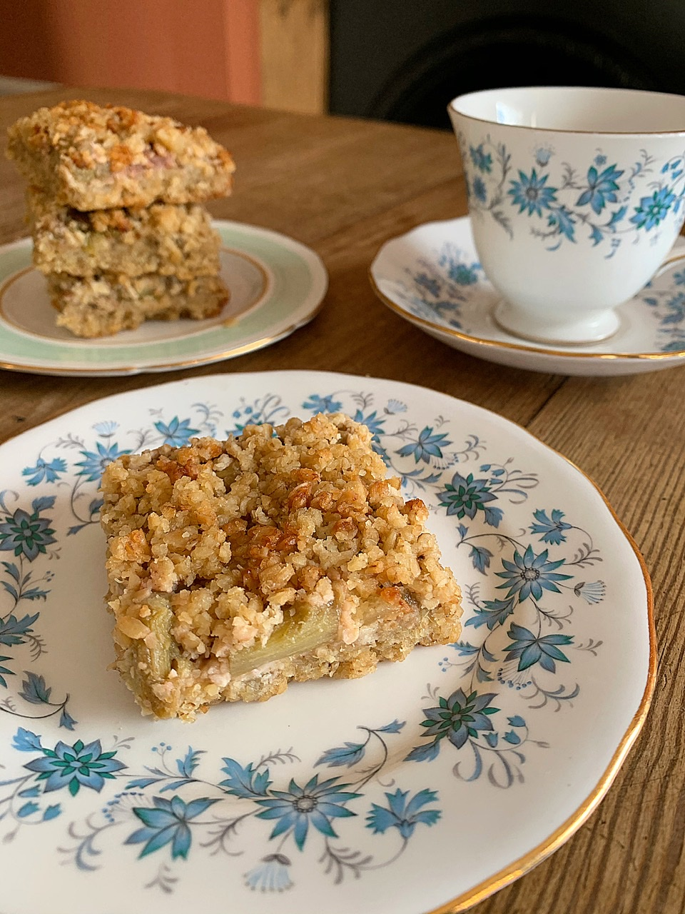 Oaty Rhubarb & Ginger Squares